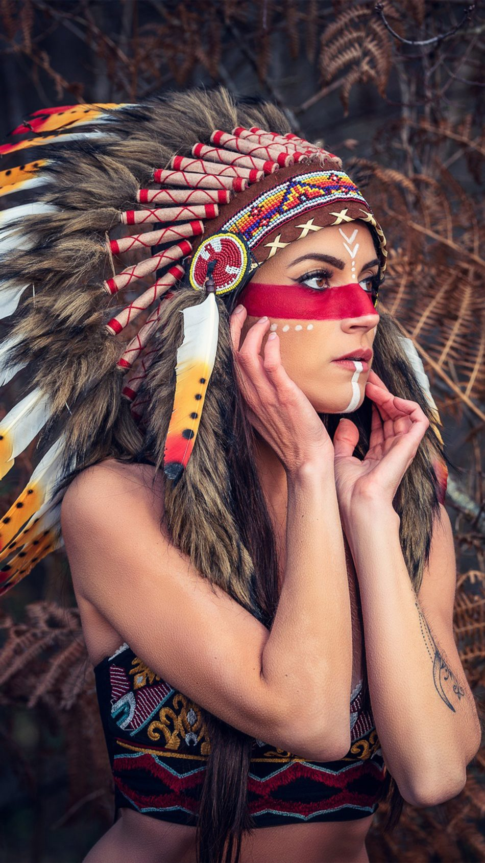 Girl Headdress Native American 4K Ultra HD Mobile Wallpaper