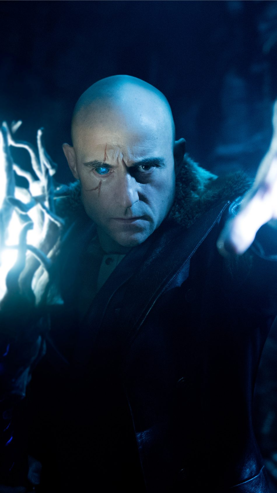Mark Strong In Shazam! 4K Ultra HD Mobile Wallpaper