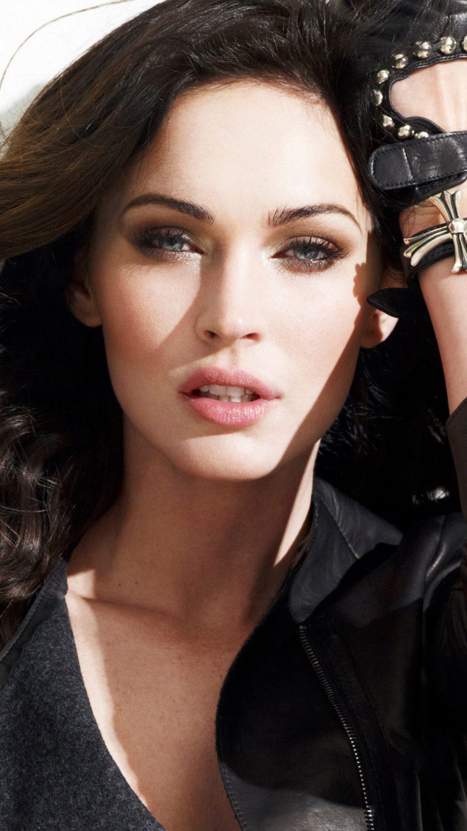 Download Megan Fox Pho...