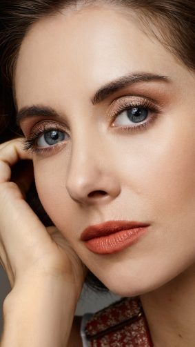 American Actress Alison Brie 2019 4K Ultra HD Mobile Wallpaper