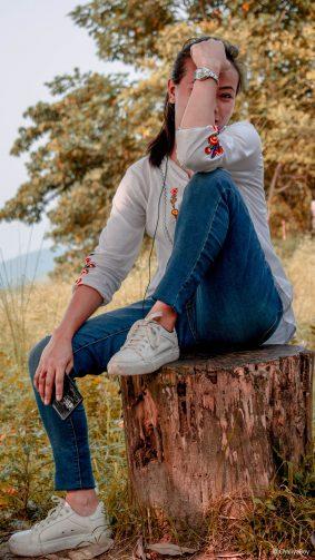 Asian Girl Pose Sunset Photography 4K Ultra HD Mobile Wallpaper