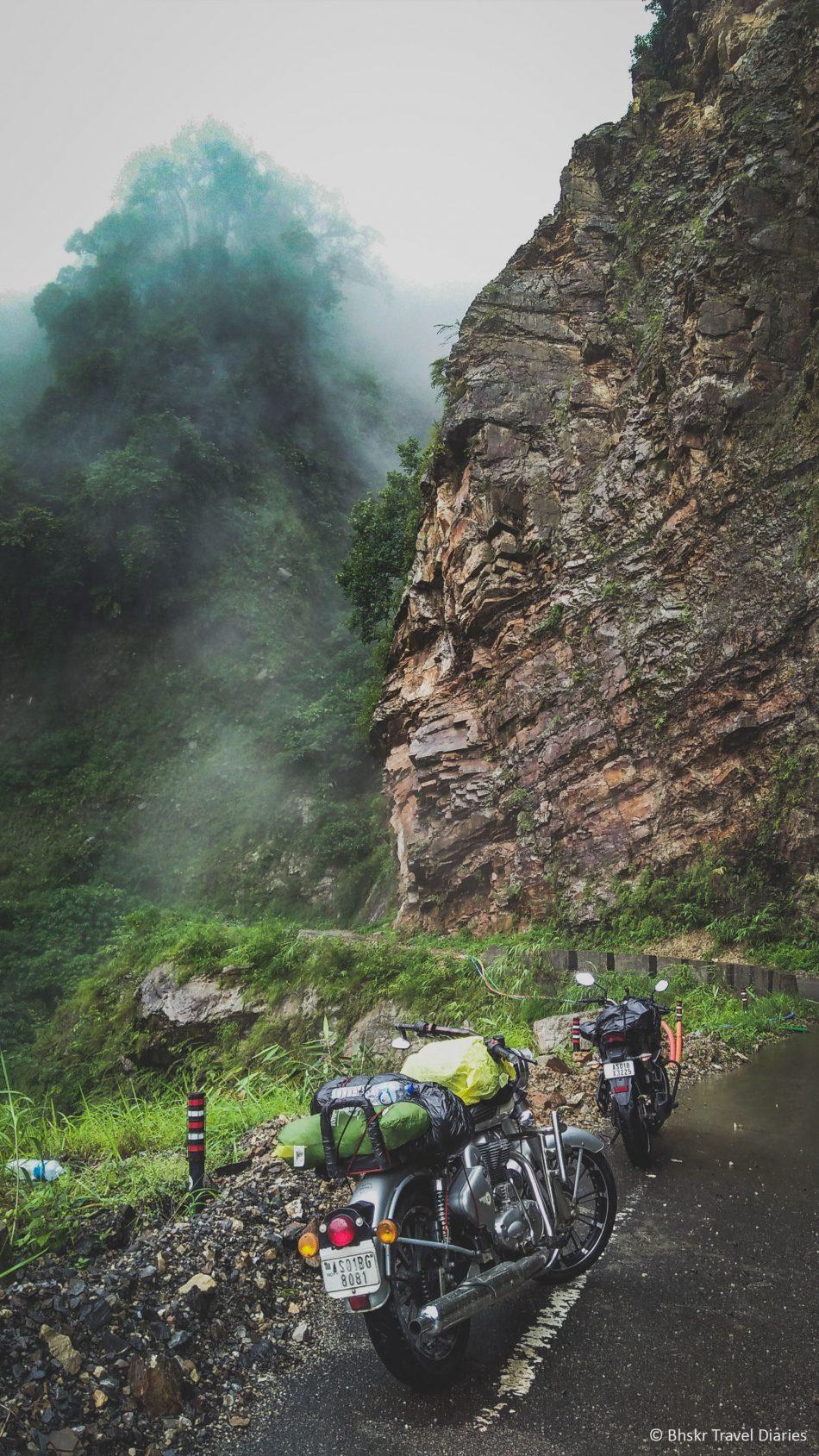 Bikes Travel Hills Fog 4K Ultra HD Mobile Wallpaper
