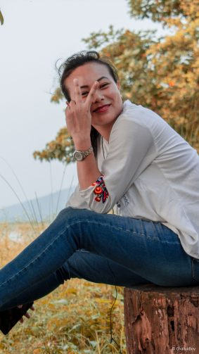 Happy Girl Pose Sunset Asian 4K Ultra HD Mobile Wallpaper