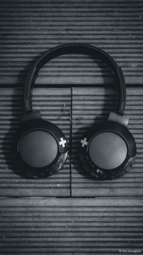 Headphone Wireless Music Black & White 4K Ultra HD Mobile Wallpaper