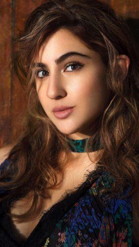 Actress Sara Ali Khan 4K Ultra HD Mobile Wallpaper