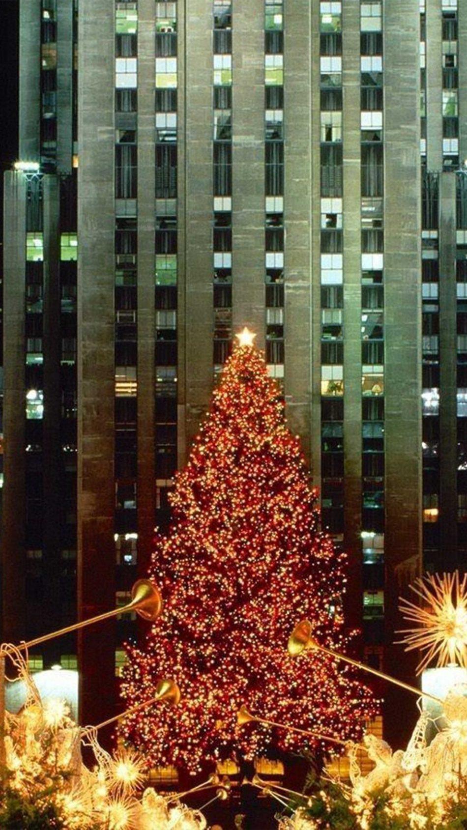 Christmas Tree Lights City Festival 4K Ultra HD Mobile Wallpaper