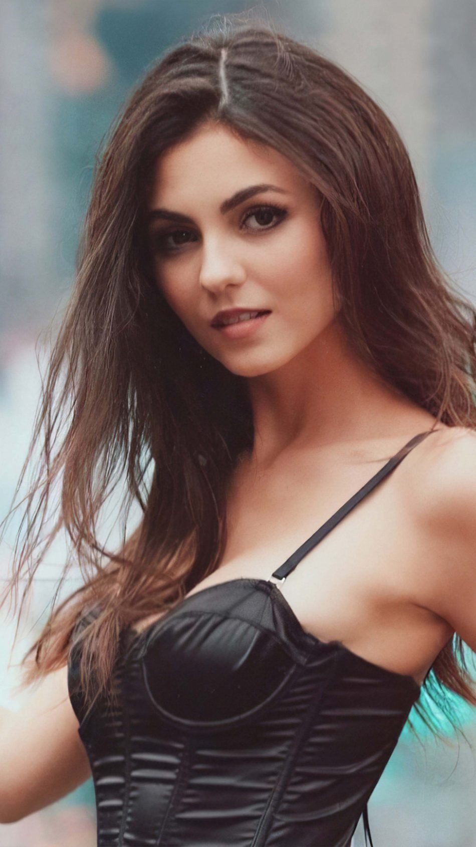 Victoria Justice 2020 4K Ultra HD Mobile Wallpaper