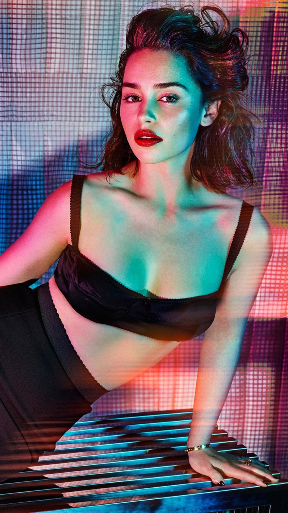 Actress Emilia Clarke 2020 4K Ultra HD Mobile Wallpaper