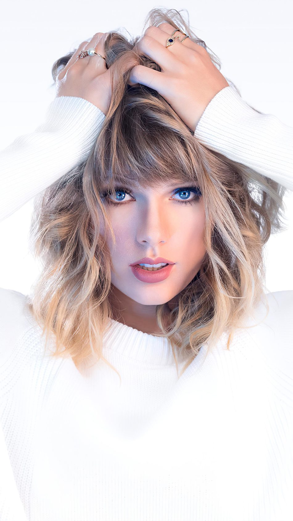 Taylor Swift Blue Eyes White Background 4K Ultra HD Mobile Wallpaper
