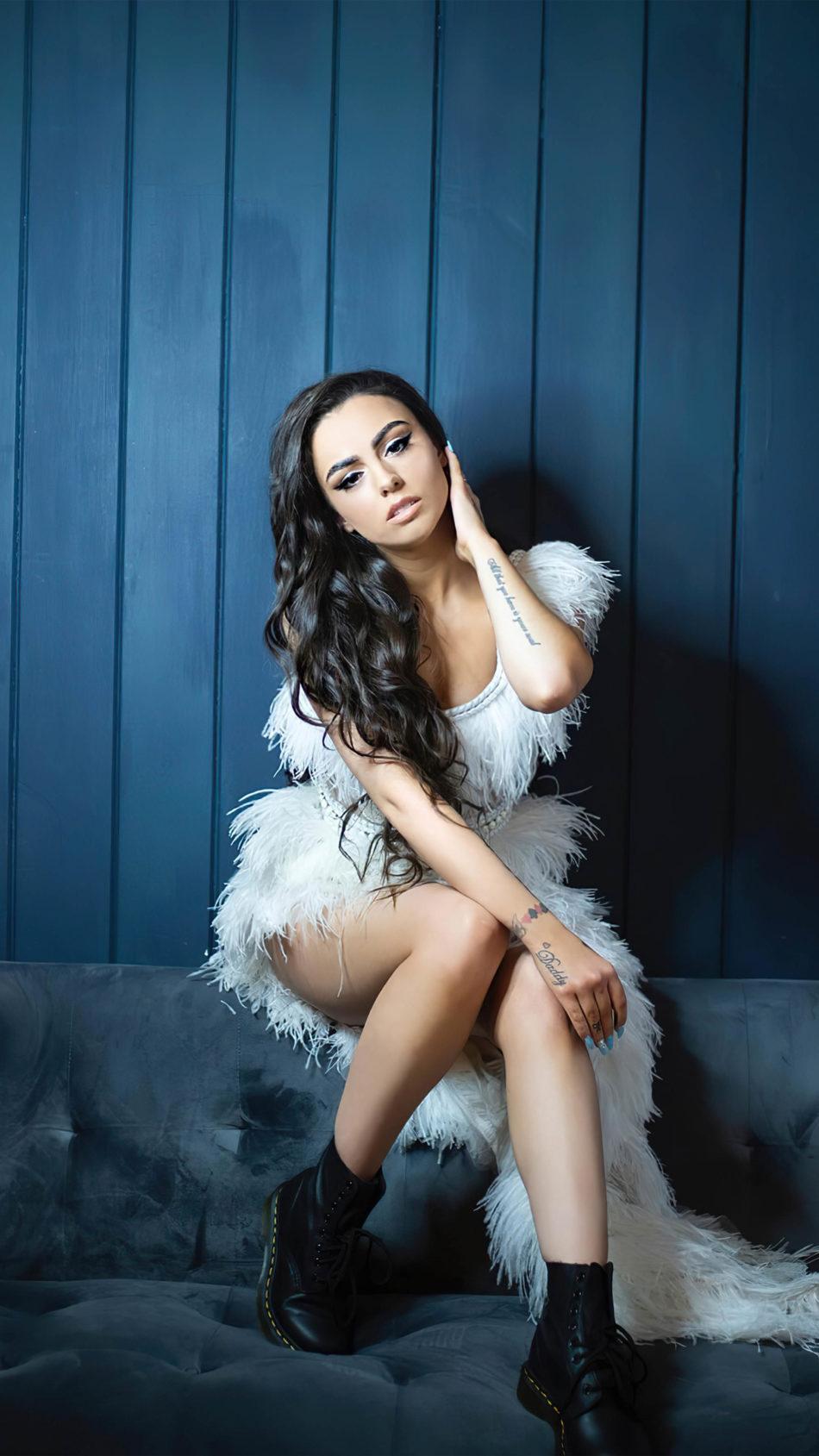 Cher Lloyd 2020 4K Ultra HD Mobile Wallpaper