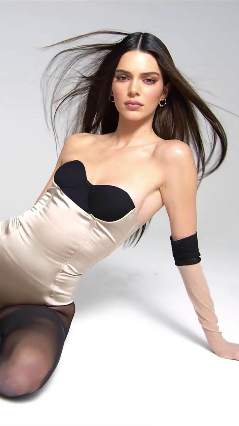 Kendall Jenner Hot Photoshoot 4K Ultra HD Mobile Wallpaper