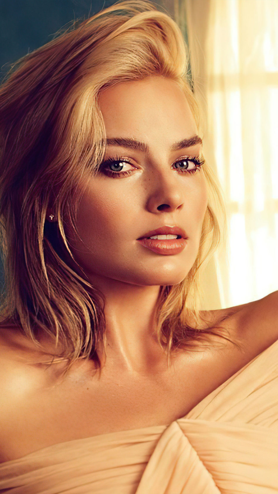 Actress Margot Robbie Blonde 2020 Photoshoot 4K Ultra HD Mobile Wallpaper