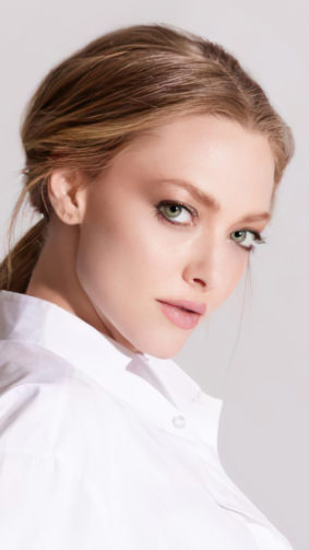 Amanda Seyfried 2020 White Dress 4K Ultra HD Mobile Wallpaper