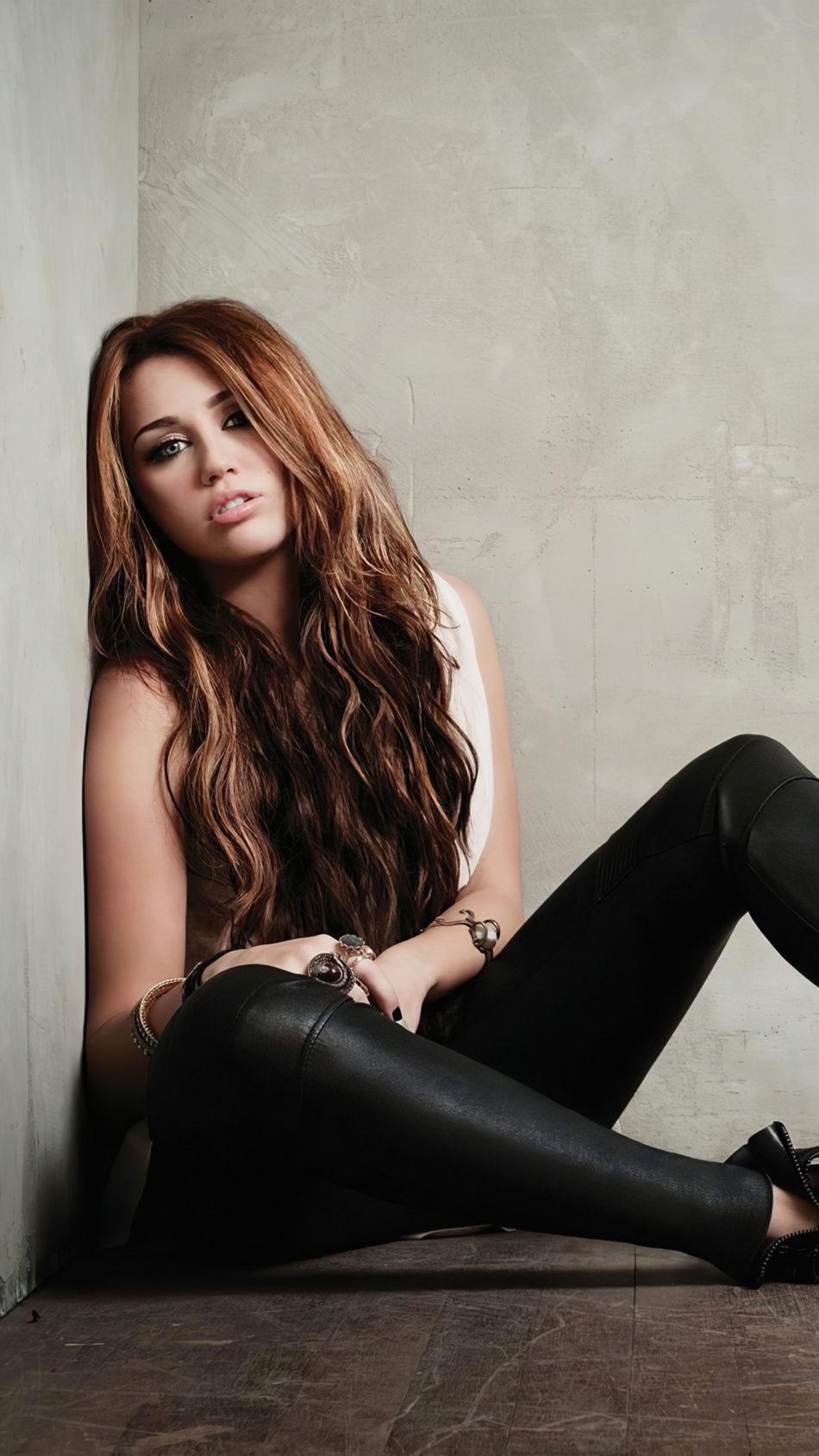 Miley Cyrus 2020 4K Ultra HD Mobile Wallpaper
