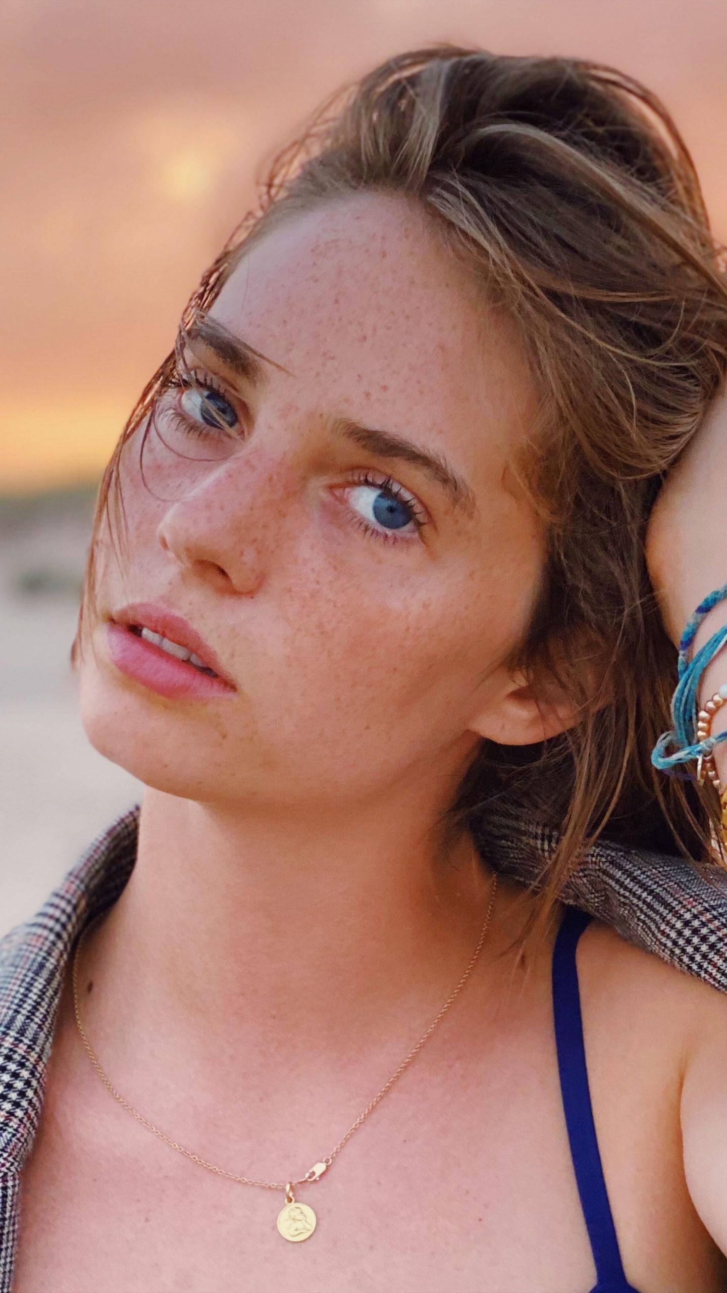 Maya Gambheer - Hot Actress Photos