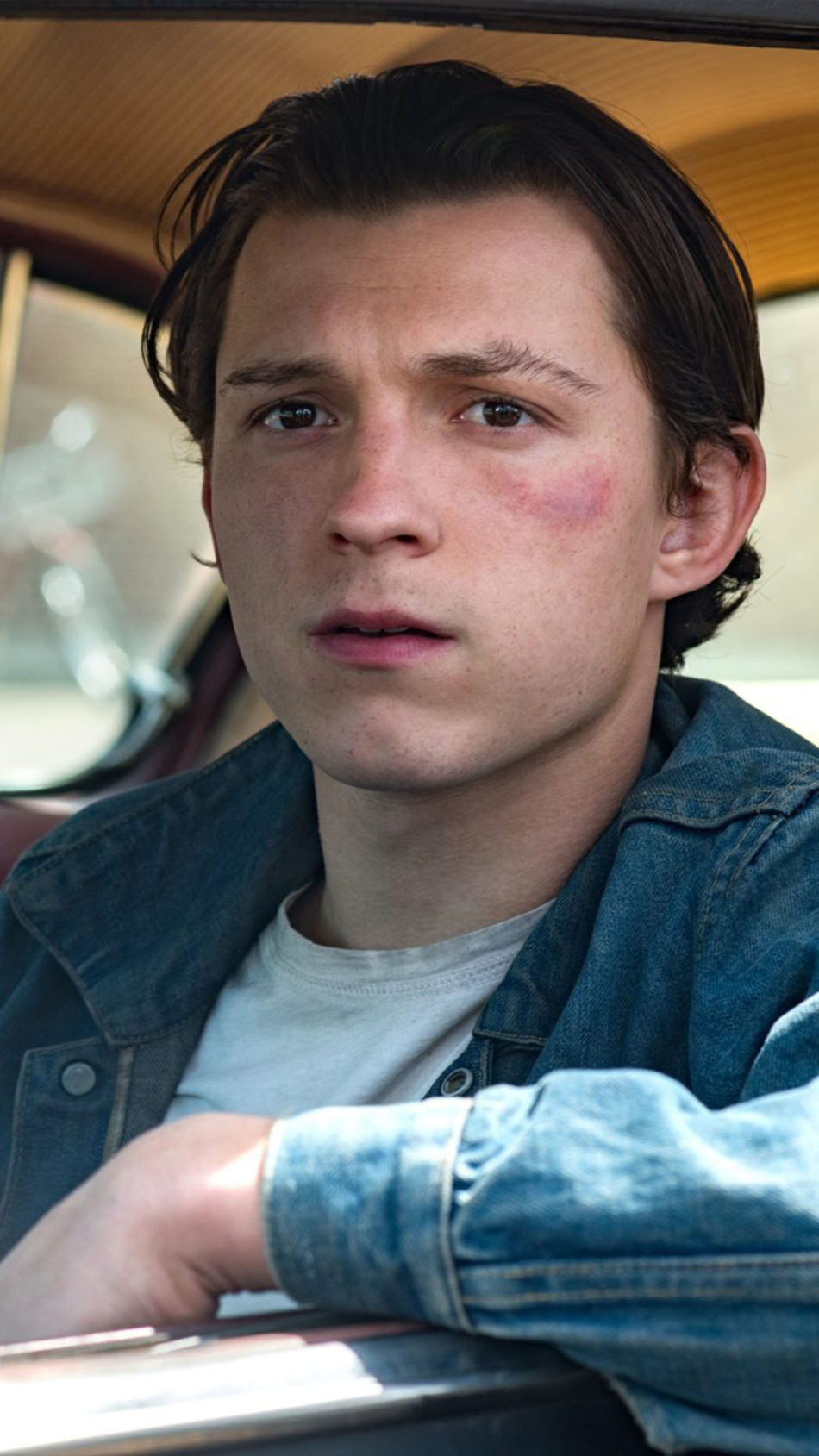 Tom Holland In The Devil All The Time 4K Ultra HD Mobile Wallpaper