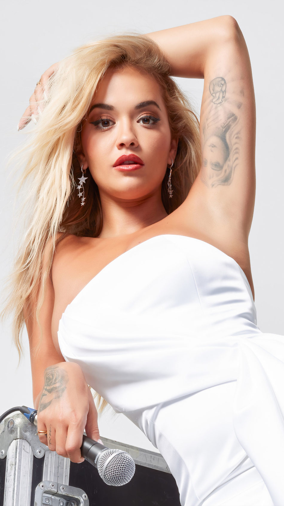 Rita Ora In White Dress Photoshoot 4K Ultra HD Mobile Wallpaper