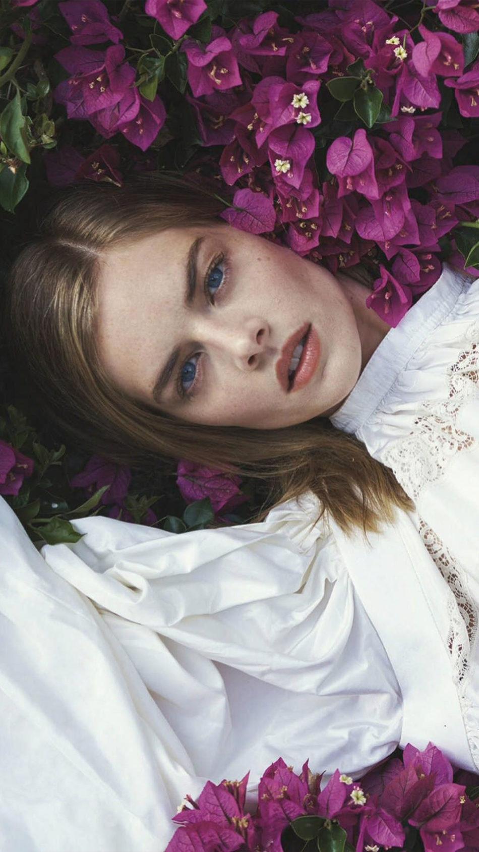 Samara Weaving Photoshoot Flowers 4K Ultra HD Mobile Wallpaper