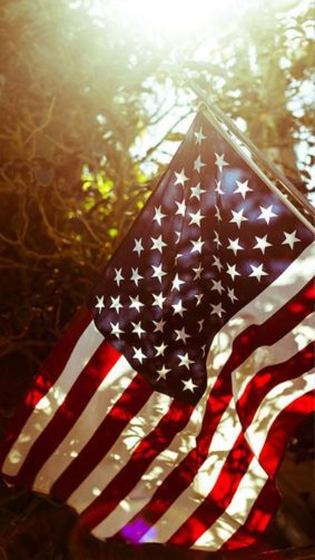 American (USA) Flag Sunray 4K Ultra HD Mobile Wallpaper