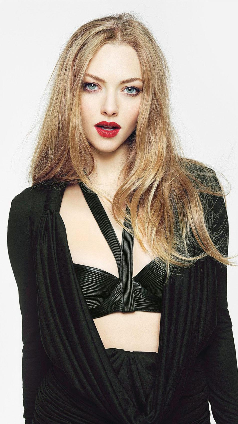 Amanda Seyfried In Black Dress Photoshoot 2021 4K Ultra HD Mobile Wallpaper