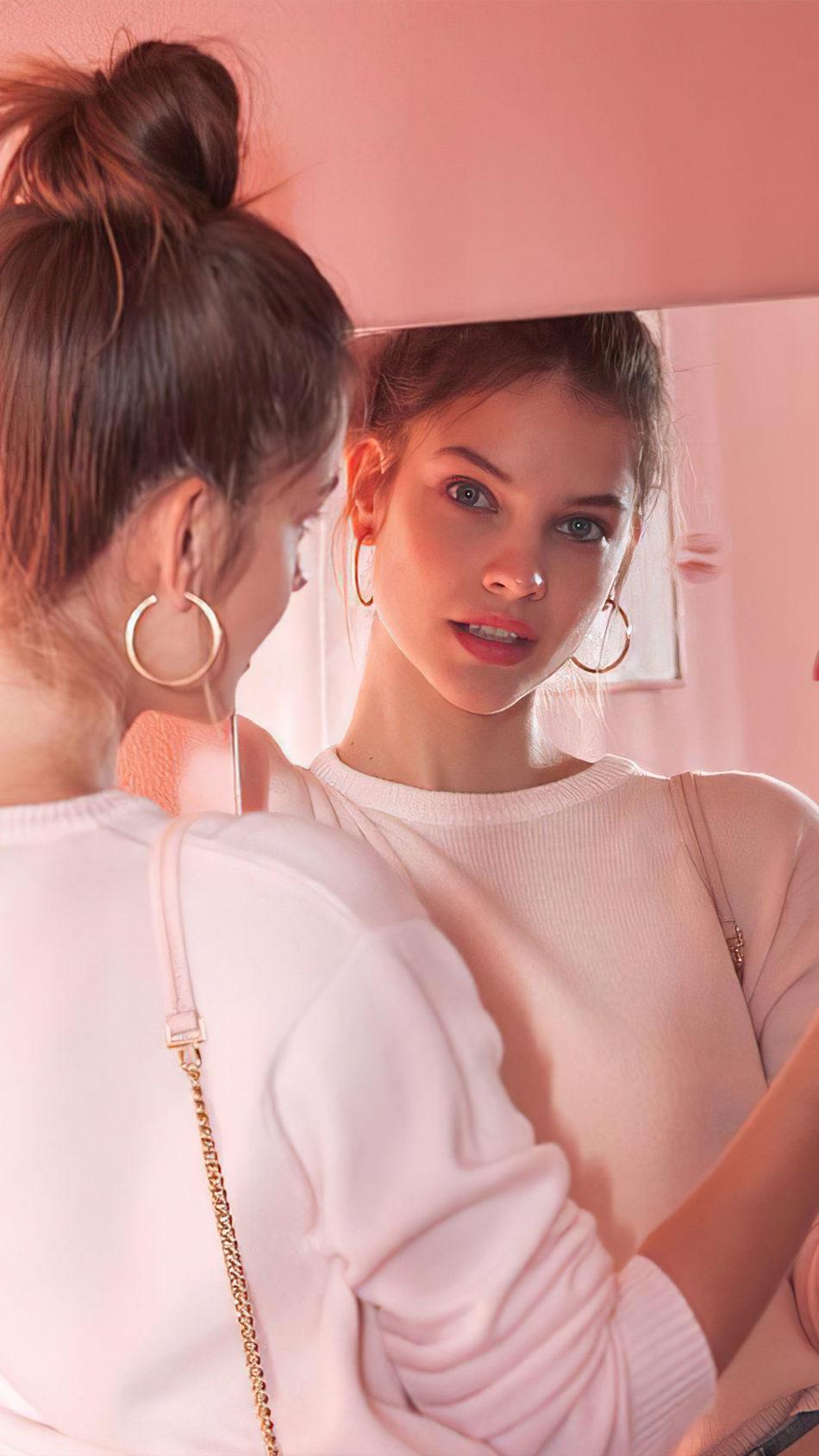 Barbara Palvin Mirror Reflection Photoshoot 4K Ultra HD Mobile Wallpaper