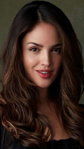 Gorgeous Actress Eiza Gonzalez 2021 4K Ultra HD Mobile Wallpaper